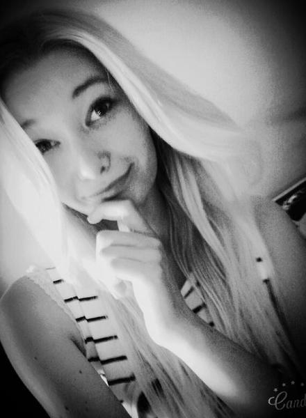 KarolinkaWariatka's Profile Photo