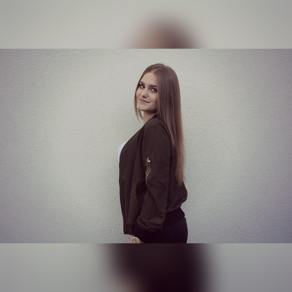 JanaHolzl's Profile Photo