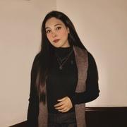 zainabaayy's Profile Photo