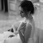 tia_rom's Profile Photo