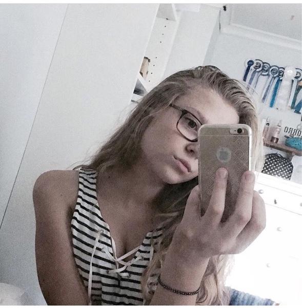 Viveka01's Profile Photo