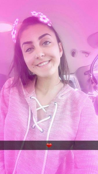LaviniaE21's Profile Photo