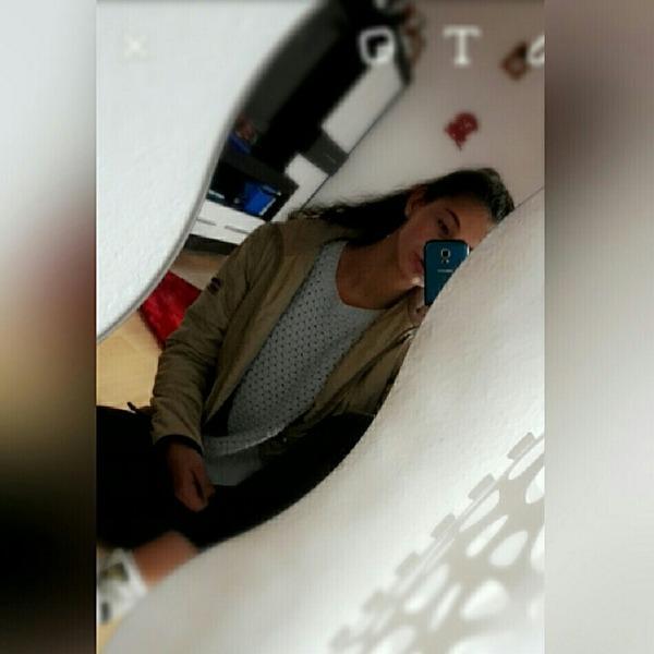 sadruuu's Profile Photo
