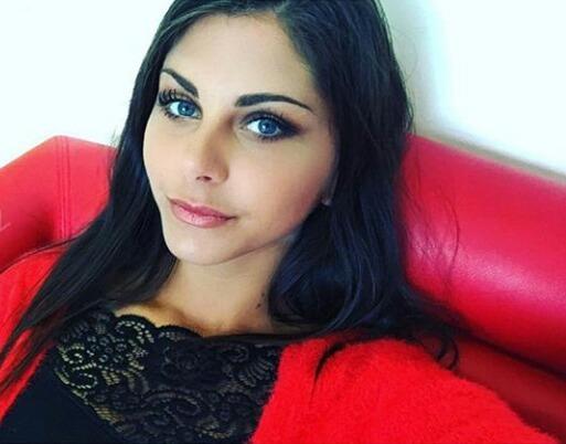 Lr_Aw's Profile Photo