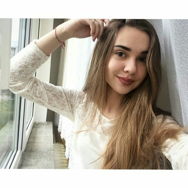 AlinaSmout's Profile Photo