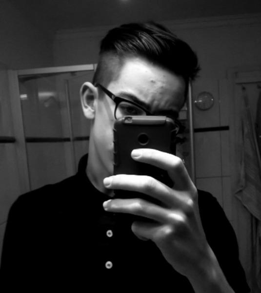 leon0_02's Profile Photo