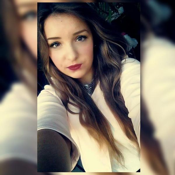 paulyyna1's Profile Photo