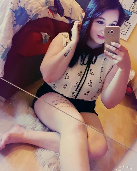 AlexandraLehrbaum's Profile Photo
