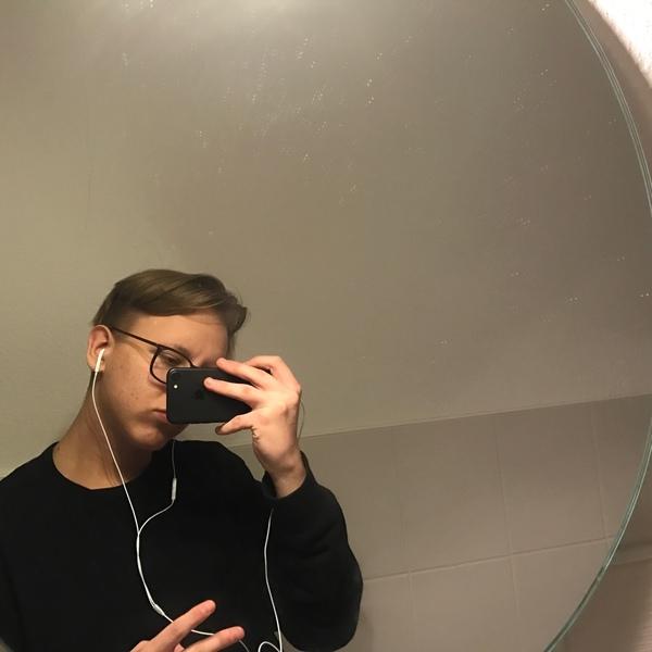 hyntts's Profile Photo