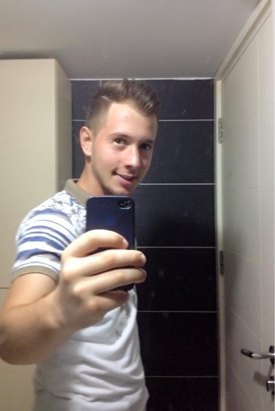 erasmus007's Profile Photo