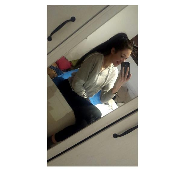LaraMarie919's Profile Photo