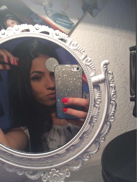 LarissaKPerry's Profile Photo