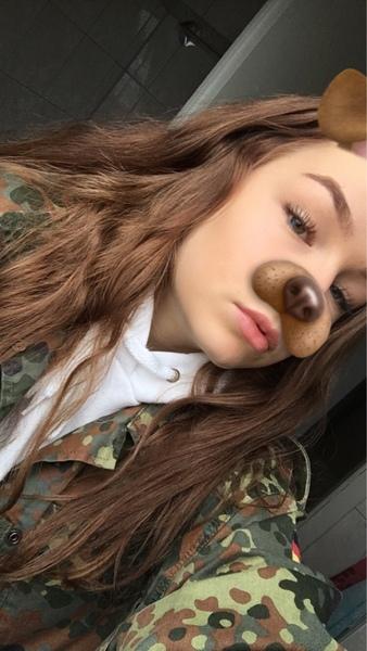 fabienne_99's Profile Photo