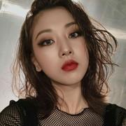 Larisa_Putro's Profile Photo