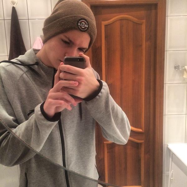 Doomstoun's Profile Photo