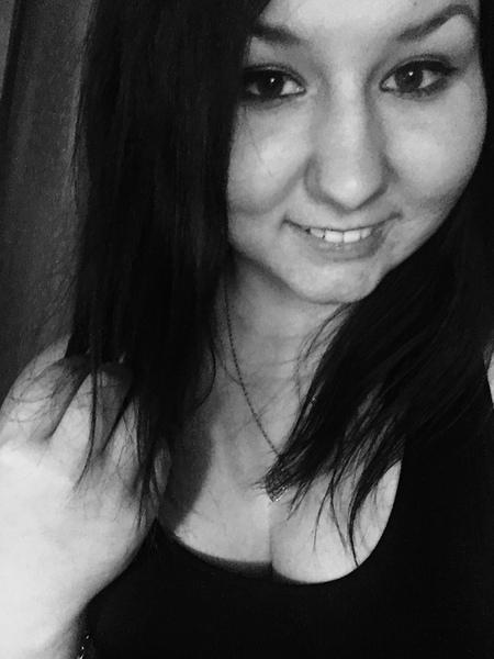 Elinaaa98's Profile Photo