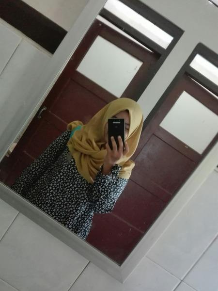 AnggrayniM's Profile Photo