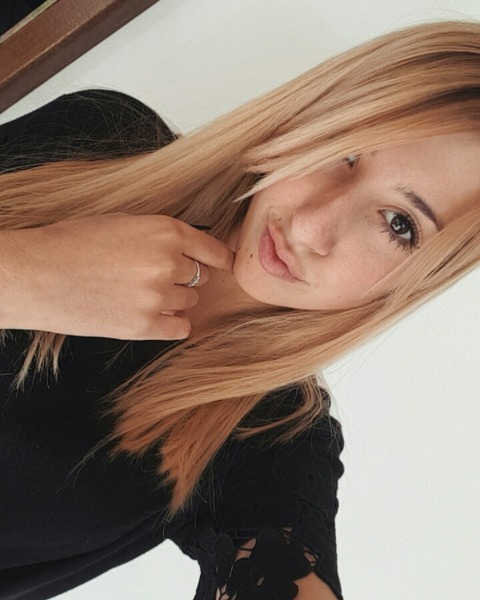 auroralandi's Profile Photo