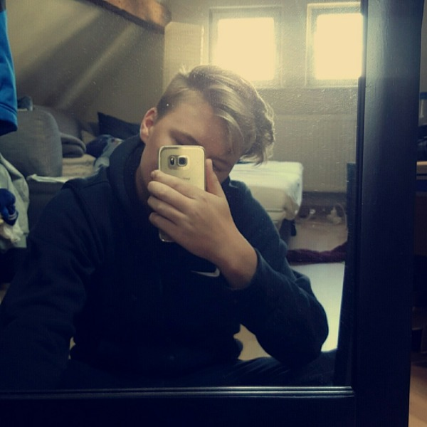 yves3t's Profile Photo