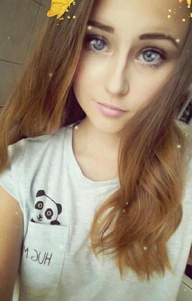 iwantfreehugs_'s Profile Photo