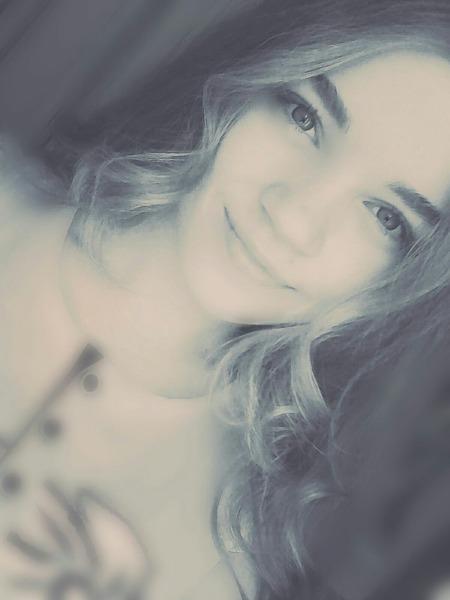 SvetkaAskFm's Profile Photo