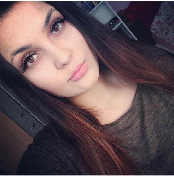 Vica_l18's Profile Photo