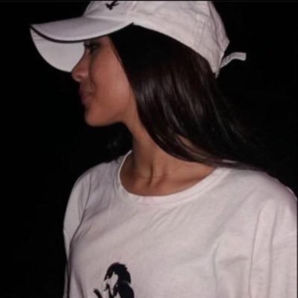 ya_124's Profile Photo
