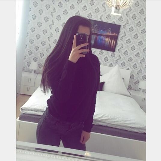 YousraAj's Profile Photo