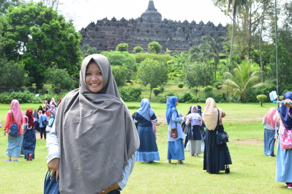 LutfianaNurAzizah648's Profile Photo
