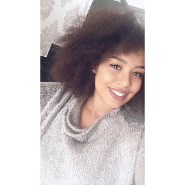 Charlaine98's Profile Photo