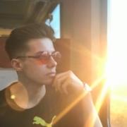 RicardoDeLaRich's Profile Photo