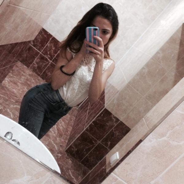 LoveeStoree's Profile Photo