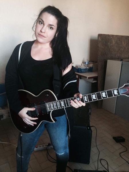 lauramorbihan's Profile Photo