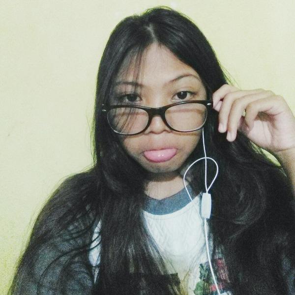 dineeeee_'s Profile Photo