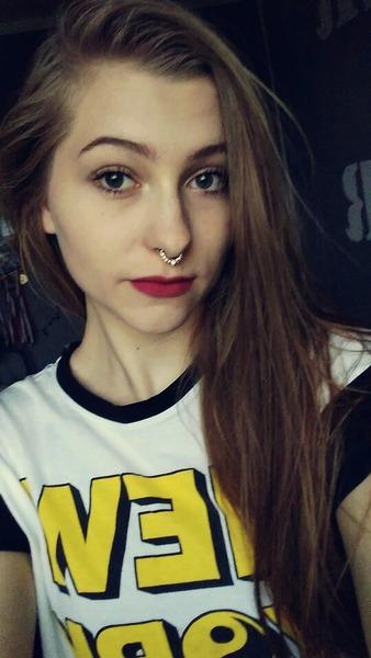 paula32123's Profile Photo