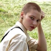 lenatotmina's Profile Photo