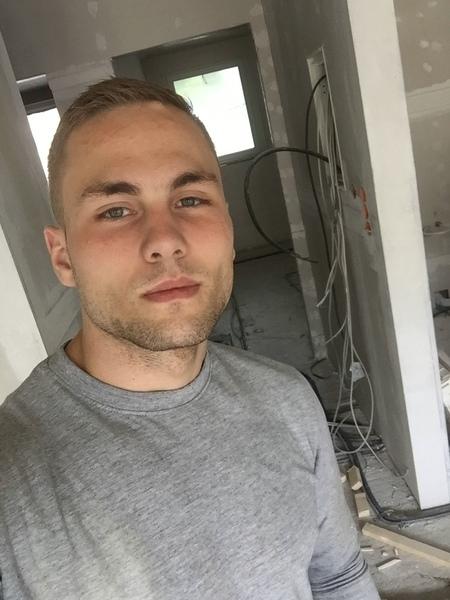 manuelkniep's Profile Photo