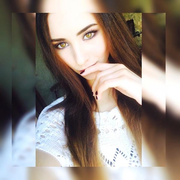 tebenelzya's Profile Photo