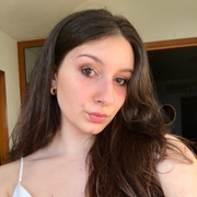 roberta221015's Profile Photo