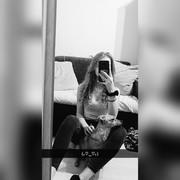 Elizazaz's Profile Photo