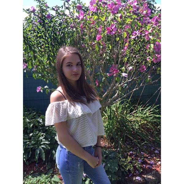 lisa_bues14's Profile Photo