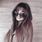 eva_zh10's Profile Photo