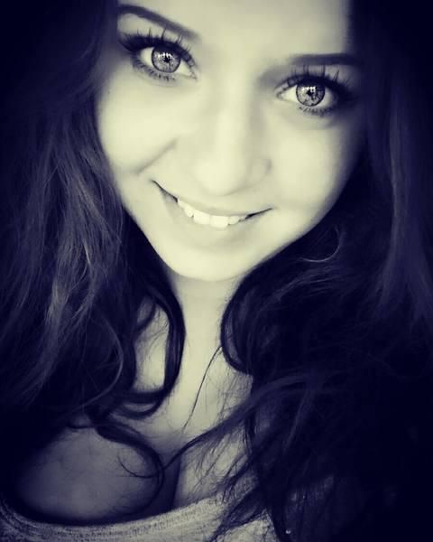 melnaaaaa's Profile Photo