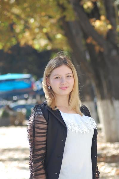 AlinaCutaev's Profile Photo