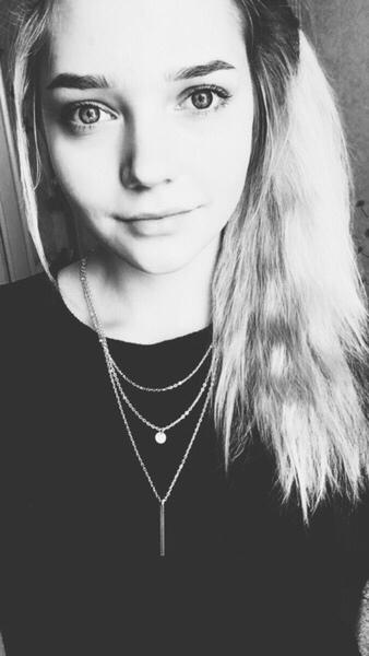 Anna_mandarinka's Profile Photo