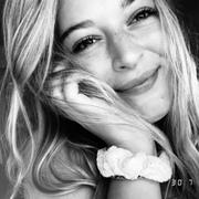 kernselina's Profile Photo