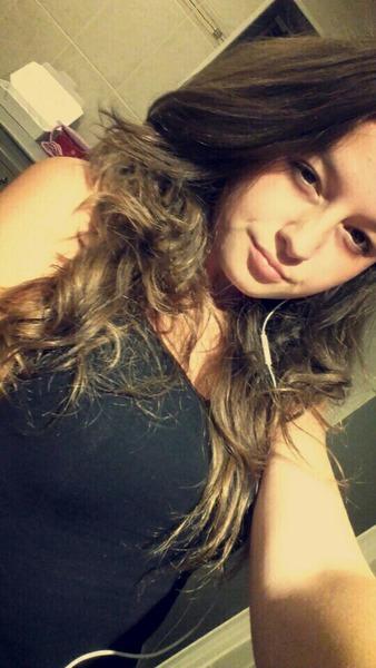 laury_lolo54's Profile Photo