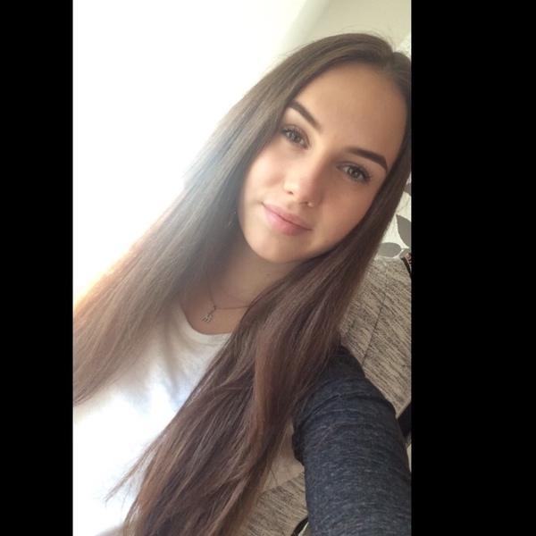 Julieeetttaa's Profile Photo