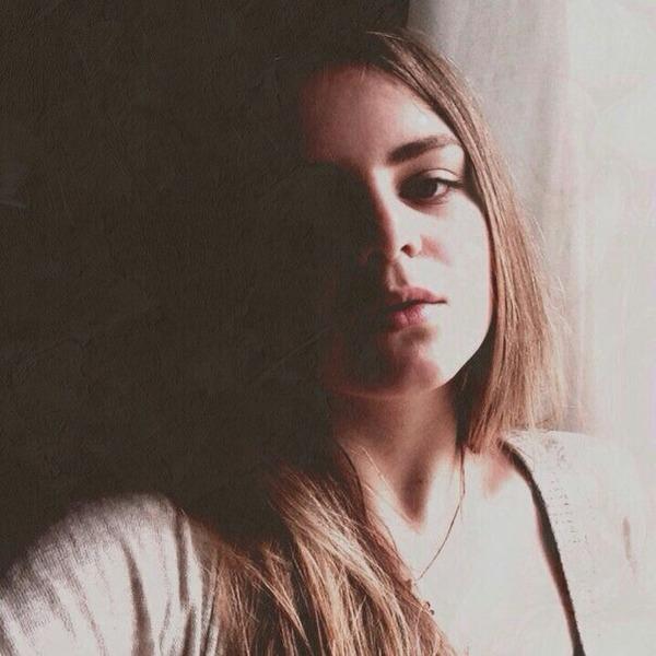 victoriaiv's Profile Photo