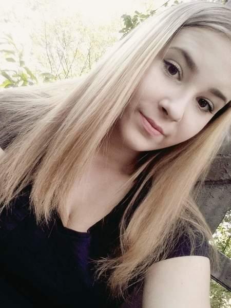 emciaa_smile's Profile Photo